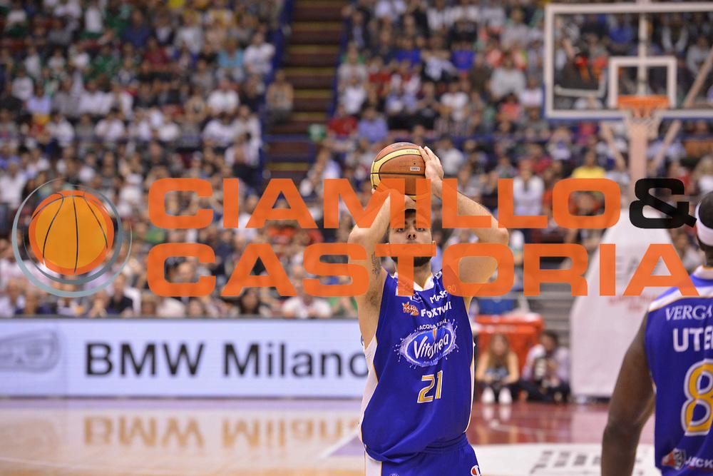 DESCRIZIONE : Milano Lega Basket Serie A 2013-2014 EA7 EMPORIO ARMANI OLIMPIA MILANO - ACQUA VITASNELLA CANTU'<br /> GIOCATORE : Pietro Aradori<br /> CATEGORIA : TIRI DA TRE <br /> SQUADRA : ACQUA VITASNELLA CANTU' <br /> EVENTO : Campionato Lega Basket Serie A 2013-2014<br /> GARA : EA7 EMPORIO ARMANI OLIMPIA MILANO - ACQUA VITASNELLA CANTU' <br /> DATA : 06/04/14 <br /> SPORT : Pallacanestro <br /> AUTORE : Agenzia Ciamillo-Castoria/L.sonzogni <br /> Galleria : Lega Basket Serie A 2013-2014