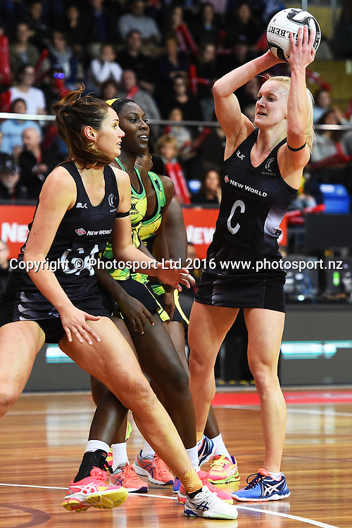 Silver Ferns player Shannon Francois during the 1st test against the Jamaican Sunshine Girls for the Taini Jamison Trophy. Trafalgar Centre, Nelson, New Zealand. Sunday 11 September 2016. ©Copyright Photo: Chris Symes / www.photosport.nz