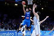 DESCRIZIONE : Lille Eurobasket 2015 Qualificazioni 5-8 posto Qualification 5-8 Game Italia Repubblica Ceca Italy Czech Republic<br /> GIOCATORE : Marco Belinelli<br /> CATEGORIA : tiro sottomano penetrazione sequenza<br /> SQUADRA : Italia Italy<br /> EVENTO : Eurobasket 2015 <br /> GARA : Italia Repubblica Ceca Italy Czech Republic<br /> DATA : 17/09/2015 <br /> SPORT : Pallacanestro <br /> AUTORE : Agenzia Ciamillo-Castoria/Max.Ceretti<br /> Galleria : Eurobasket 2015 <br /> Fotonotizia : Qualificazioni 5-8 posto Qualification 5-8 Game Italia Repubblica Ceca Italy Czech Republic