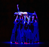 Cloud Gate Dance Theatre of Taiwan 26th February 2020