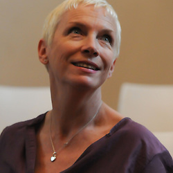 Annie Lennox at the Cape Town Press Club 2 May 2013