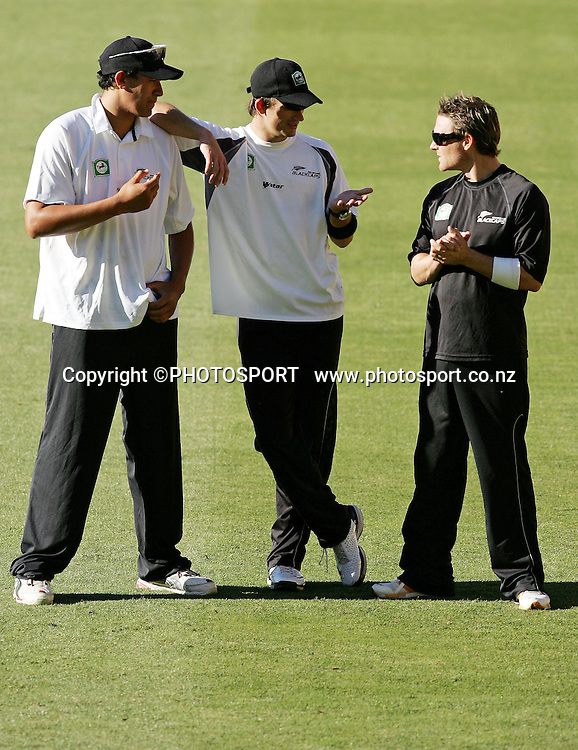 Recalled Black Cap Daryl Tuffey shares a joke with team mates during Black Caps training session at Westpac Stadium, Wellington, New Zealand on Wednesday February 13, 2007. Photo: John Cowpland/PHOTOSPORT