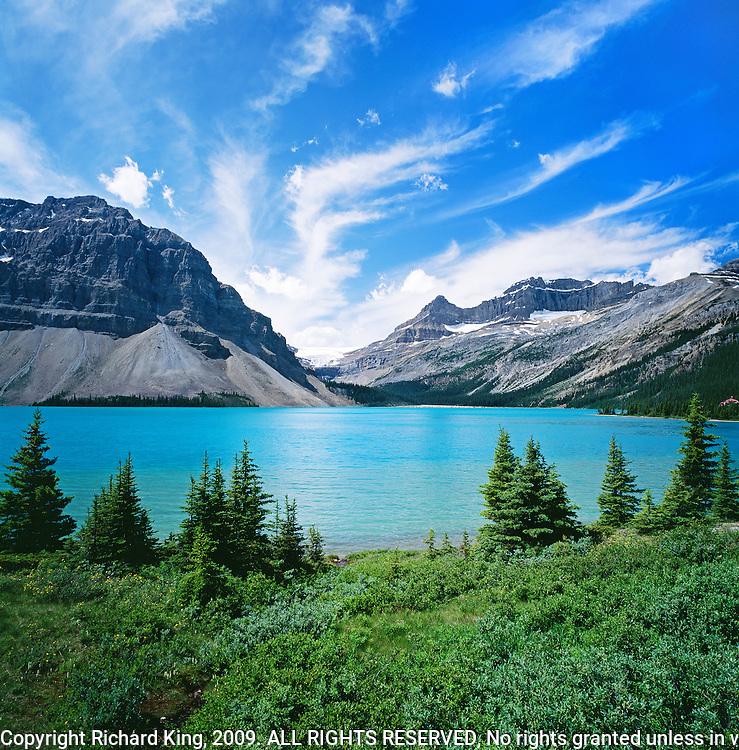 Bow Lake, Bow Glacier, Crowfoot Mountains, Mount Thompson