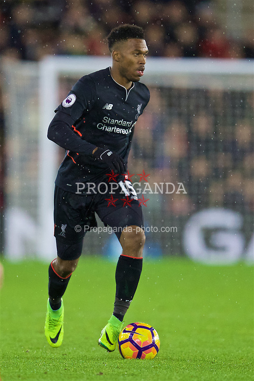 SOUTHAMPTON, ENGLAND - Saturday, November 19, 2016: Liverpool's Daniel Sturridge in action against Southampton during the FA Premier League match at St. Mary's Stadium. (Pic by David Rawcliffe/Propaganda)