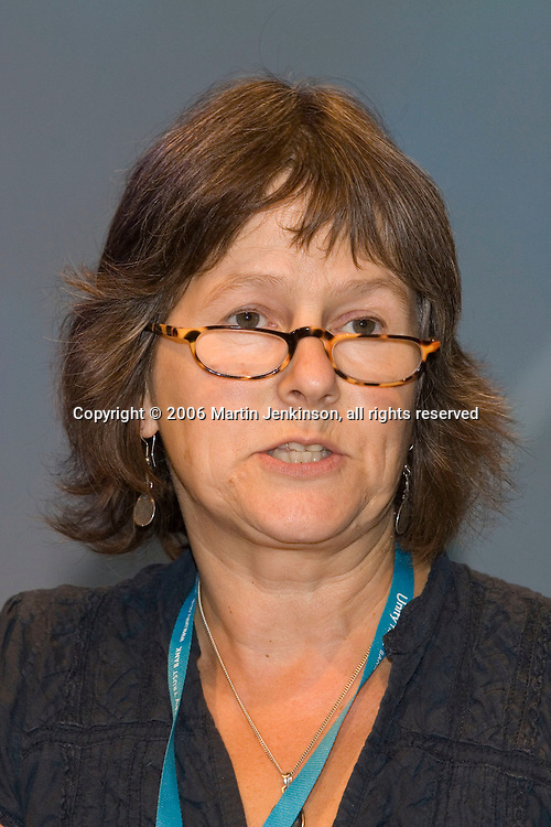 Mary Compton, NUT, speaking at the TUC 2006...© Martin Jenkinson, tel 0114 258 6808 mobile 07831 189363 email martin@pressphotos.co.uk. Copyright Designs & Patents Act 1988, moral rights asserted credit required. No part of this photo to be stored, reproduced, manipulated or transmitted to third parties by any means without prior written permission