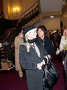 SANDRA BECK; JEFF BECK, CIRQUE DU SOLEIL LONDON PREMIERE OF VAREKAI. Royal albert Hall. 5 January 2009