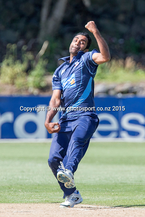 Aces` Tarun Nethula bowls in the Auckland Aces v Otago Volts, One Day Ford Trophy Cricket Match, Eden Park, Auckland, New Zealand, Friday, January 02, 2015. Photo: David Rowland/Photosport