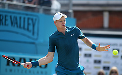 Great Britain's Kyle Edmund during day four of the Fever-Tree Championship at the Queen's Club, London. PRESS ASSOCIATION Photo. Picture date: Thursday June 21, 2018. See PA story TENNIS Queens. Photo credit should read: Steven Paston/PA Wire. RESTRICTIONS: Editorial use only, no commercial use without prior permission.