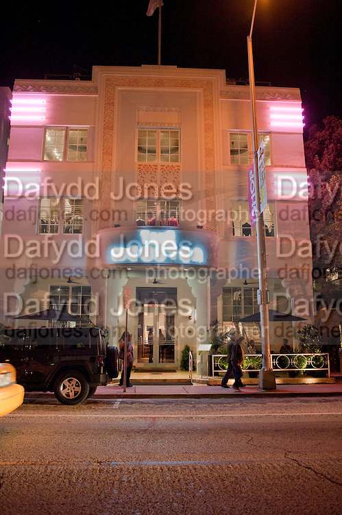 THE WEBSTER- NADJA SWAROVSKI BOOK LAUNCH FOR ' THE ART OF LIGHT AND CRYSTAL. The Webster, . Miami Beach. 2 December 2010. -DO NOT ARCHIVE-© Copyright Photograph by Dafydd Jones. 248 Clapham Rd. London SW9 0PZ. Tel 0207 820 0771. www.dafjones.com.