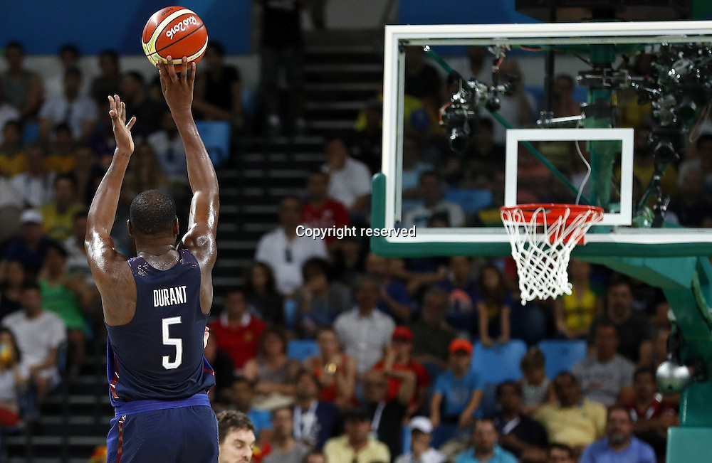 Rio 2016, Basketball Herren Halbfinale, USA - Spanien 19.08.2016. Rio de Janeiro, Brazil. Mens Basketball semi-final at the 2016 Rio Olympic Games. USA versus Spain.  Kevin DURANT (USA) with a jump shot . The USA won the game by a score of 82-76 to make the final.