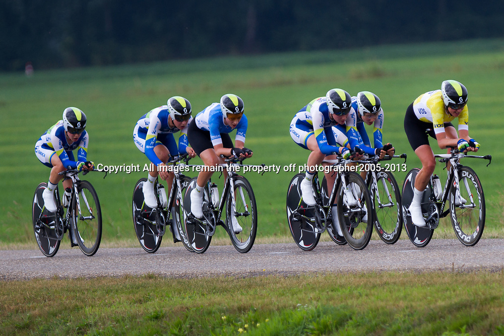 Boels Rental Ladies Tour Coevorden TTT 2nd Orica AIS Greenedge Loes Gunnewijk,  Gracia Elvin, Shara Gillow, Amanda Spratt, Melissa Hoskin, Annette Edmondson,