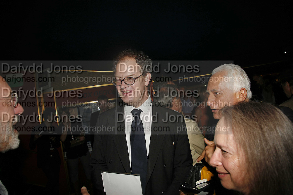 ED FITZZGERALD, the UK premiere of Ken Loach's ' the Wind that Shakes the Barley' Curzon, Mayfair. 21 June 2006. ONE TIME USE ONLY - DO NOT ARCHIVE  © Copyright Photograph by Dafydd Jones 66 Stockwell Park Rd. London SW9 0DA Tel 020 7733 0108 www.dafjones.com