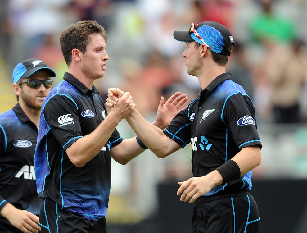 New Zealand's Adam Milne, left, with Matt Henry after dismissing Pakistan's Sarfraz Ahmed for 41 in the 3rd ODI International Cricket match at Eden Park, Auckland, New Zealand, Sunday, January 31, 2016. Credit:SNPA / Ross Setford