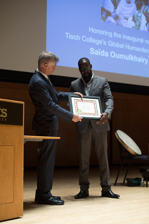10/25/17 - Medford/Somerville, MA - Presentation of award for Global Humanitarian Citizens Award, on Oct. 25, 2017. (Sophie Dolan / The Tufts Daily)