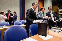 Nederland. Den Haag, 20 september 2007.<br /> Tweede dag algemene politieke beschouwingen in de tweede kamer.<br /> Balkenende met vice premiers Bos en Rouvoet voor aanvang<br /> Foto Martijn Beekman <br /> NIET VOOR TROUW, AD, TELEGRAAF, NRC EN HET PAROOL