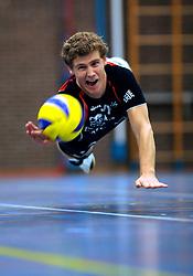 08-10-2009 VOLLEYBAL: PHOTOSHOOT SSS: BARNEVELD<br /> Photoshoot SSS A League seizoen 2009 - 2010 / Maarten Janssen<br /> ©2009-WWW.FOTOHOOGENDOORN.NL