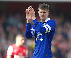 08.03.2014, Emirates Stadium, London, ENG, FA Cup, FC Arsenal vs FC Everton, Viertel Finale, im Bild Everton's John Stones looks dejected as his side crash out of the cup losing 4-1 to Arsenal // during the English FA Cup quater final match between Arsenal FC and Everton FC at the Emirates Stadium in London, Great Britain on 2014/03/08. EXPA Pictures © 2014, PhotoCredit: EXPA/ Propagandaphoto/ David Rawcliffe<br /> <br /> *****ATTENTION - OUT of ENG, GBR*****