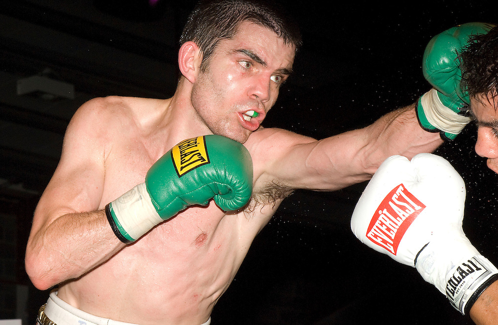 Hunky Dorys Fight night at the International Events Arena at Breaffy House, Castlebar, Co Mayo. Bernard Dunne Vs Cristian Faccio in the  Super-Bantamweight contest. Pic: Michael Mc Laughlin