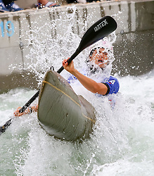27.06.2015, Verbund Wasserarena, Wien, AUT, ICF, Kanu Wildwasser Weltmeisterschaft 2015, K1 women, im Bild Giulia Formenton (ITA) // during the final run in the women's K1 class of the ICF Wildwater Canoeing Sprint World Championships at the Verbund Wasserarena in Wien, Austria on 2015/06/27. EXPA Pictures © 2014, PhotoCredit: EXPA/ Sebastian Pucher