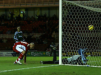 Photo: Andrew Unwin.<br /> Middlesbrough v Liteks Lovech. UEFA Cup. 15/12/2005.<br /> Middlesbrough's Massimo Maccarone (L) heads home his team's first goal.