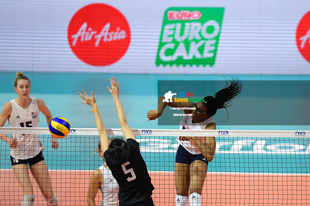 BANGKOK, THAILAND - MAY 31: Foluke Akinradewo #16 of USA in action on Day 3 match between Thailand vs USA at the FIVB Volleyball Nation League 2018, Indoor Stadium Huamark, Bangkok, Thailand on May 31, 2018. <br /> .<br /> .<br /> .<br /> (Photo by: Naratip Golf Srisupab/SEALs Sports Images)<br /> .<br /> Any image use must include a mandatory credit line adjacent to the content which should read: Naratip Golf Srisupab/SEALs Sports Images