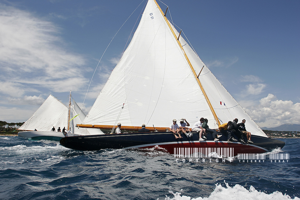 Cotton Blossom II. 1925. Skipper Dennis Conner.Voiles d'Antibes 2007.