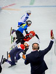 20-02-2018 KOR: Olympic Games day 11, PyeongChang<br /> 500m mannen shorttrack / Sjinkie Knegt of the Netherlands, Ziwei Ren of China, Nurbergen Zhumagaziyev of Kazakhstan, Aleksandr Shulginov of Olympic Athlete from Russia