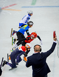 20-02-2018 KOR: Olympic Games day 11, PyeongChang<br /> 500m mannen shorttrack / Sjinkie Knegt of the Netherlands, Ziwei Ren of China, Nurbergen Zhumagaziyev of Kazakhstan, Aleksandr Shulginov of Olympic Athlete from Russia