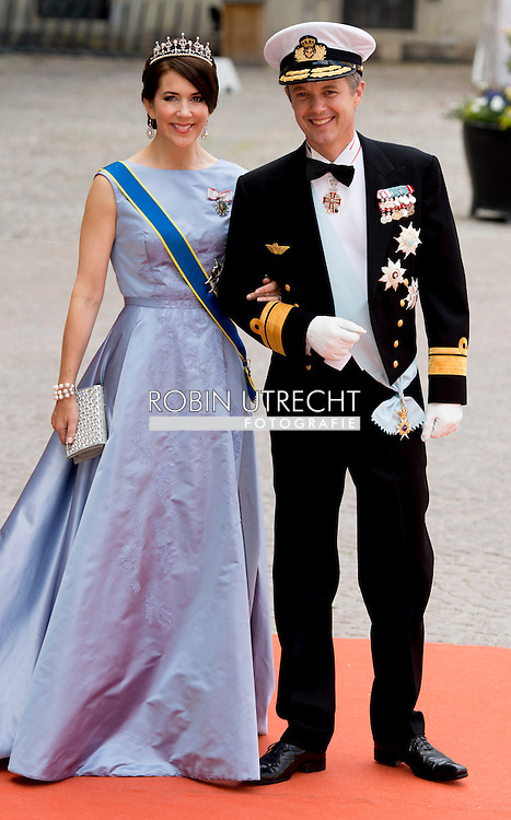 13-6-2015 STOCKHOLM  Crown prince Frederic and Crown princess Mary of Denmark  arrival of  for  .The wedding of Prince Carl Philip and Sofia Hellqvist  at the  Royal palace in Stockholm .COPYRIGHT ROBIN UTRECHT
