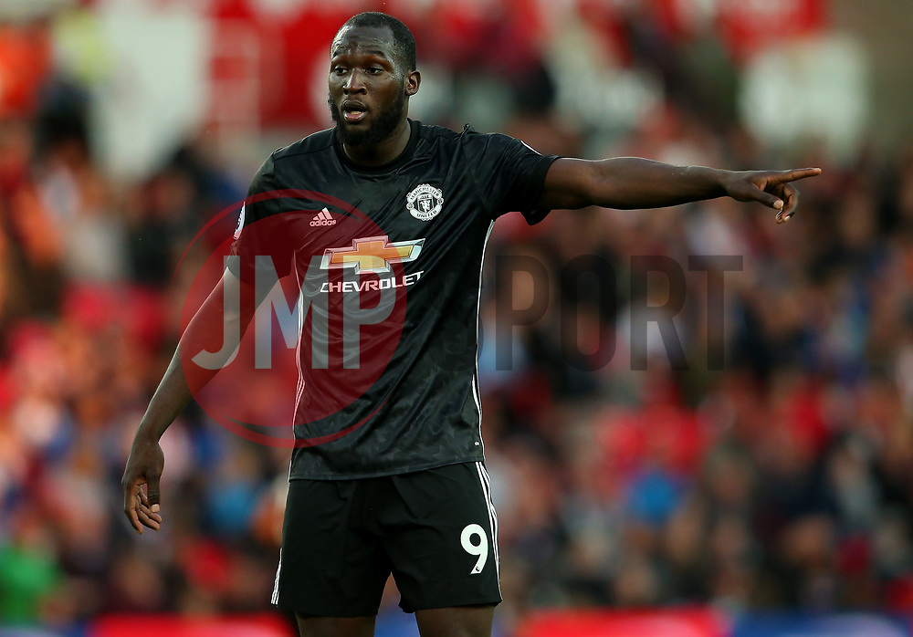 Romelu Lukaku of Manchester United points - Mandatory by-line: Matt McNulty/JMP - 09/09/2017 - FOOTBALL - Bet365 Stadium - Stoke-on-Trent, England - Stoke City v Manchester United - Premier League