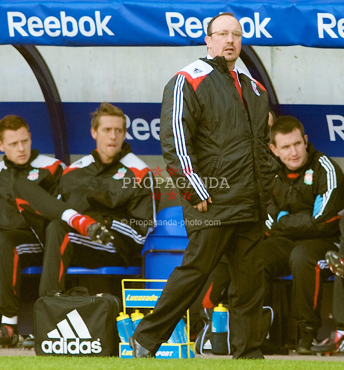 BOLTON, ENGLAND - Sunday, March 2, 2008: Liverpool's manager Rafael Benitez and unused substitute Peter Crouch during the Premiership match against Bolton Wanderers at the Reebok Stadium. (Photo by David Rawcliffe/Propaganda)