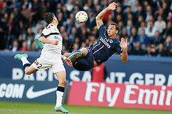 29.09.2012, Stade de Parc des Princes, Paris, FRA, Ligue 1, Paris St. Germain vs FC Sochaux, 7. Runde, im Bild ZLATAN IBRAHIMOVIC (PARIS SAINT-GERMAIN), SEBASTIEN CORCHIA (SOCHAUX) // during the French Ligue 1 7th round match between Paris St. Germain and FC Sochaux at the Stade de Parc des Princes, Paris, France on 2012/09/29. EXPA Pictures © 2012, PhotoCredit: EXPA/ PicAgency Skycam/ Chris Elise..***** ATTENTION - OUT OF SWE *****