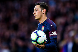 Mesut Ozil of Arsenal - Mandatory by-line: Robbie Stephenson/JMP - 24/04/2019 - FOOTBALL - Molineux - Wolverhampton, England - Wolverhampton Wanderers v Arsenal - Premier League