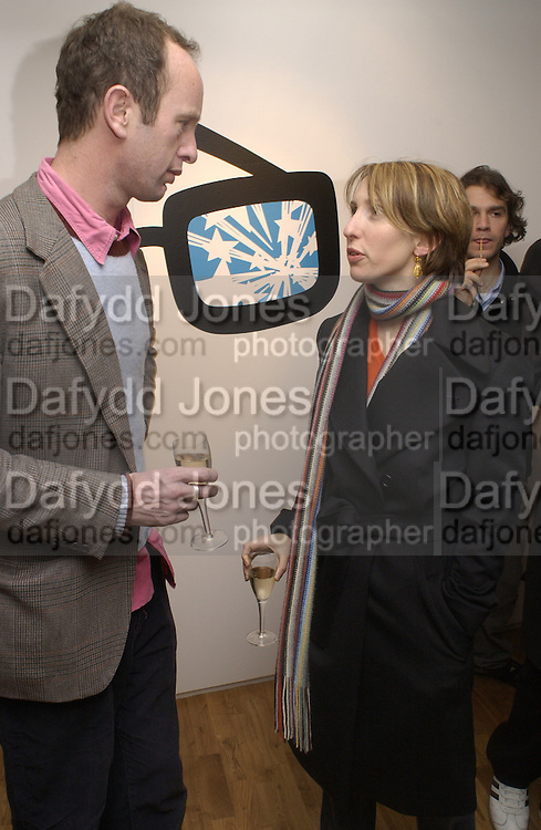 Johnnie Shand -Kydd and Sam Taylor-wood. Launch of Home and Dry,  Pet Shop Boys video made by Wolfgang Tillmans. Inside Space. Selfridges. 14 January 2001. © Copyright Photograph by Dafydd Jones 66 Stockwell Park Rd. London SW9 0DA Tel 020 7733 0108 www.dafjones.com