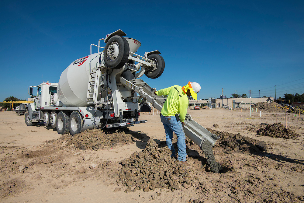Construction of new Furr High School, October 16, 2015.
