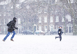 © under license to London News Pictures.  30/11/10 Early snow falls in Highbury Fields, London Photo credit should read: Olivia Harris/ London News Pictures