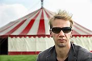 Nijmegen, 13-7-2007Sven Ratzke op het Waalstrand tijdens de zomerfeesten. Hij zal hier optreden op de lokatie Havanna aan de Waal..Foto: Flip Franssen/Hollandse Hoogte