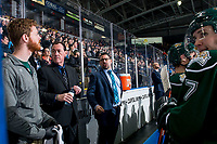 KELOWNA, BC - FEBRUARY 15: Everett Silvertips' head coach Dennis Williams stands on the bench next to assistant coach Harry Mahood and yells at Kelowna Rockets' head coach Adam Foote at Prospera Place on February 15, 2019 in Kelowna, Canada. (Photo by Marissa Baecker/Getty Images)