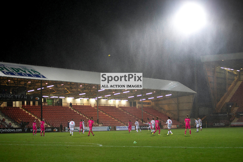 Dunfermline Athletic v Airdrieonians SPFL League One Season 2015/16 East End Park 29 January 2016<br />The rain and wind during the game<br />CRAIG BROWN | sportPix.org.uk