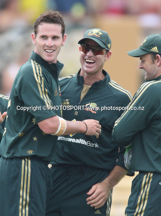 Shaun Tait is congratulated by Matthew Hayden and Adam Gilchrist.<br />Chappell Hadlee Trophy, Match 1 of 07/08 season. Adelaide Oval, Adelaide, Australia. Friday 14 December 2007. Photo: Andrew Cornaga/PHOTOSPORT