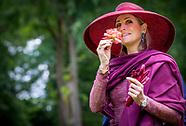 Koningin Maxima onthult en doopt dinsdagmiddag 13 juni een nieuwe roos tijdens een landelijk symposi