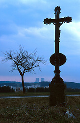 CZECH REPUBLIC:TEMELIN:MAR00 - A cross stands by the roadside leading to the Czech nuclear power plant Temelin. .Despite vehement and sustained protests from both environmental groups at home and abroad, the Czech government persist on completing the fourth reactor of the plant.  Neighbouring cournties Austria and Germany have expressed concerns about the outdated technology and security measures applied inside the reactor. jre/Photo by Jiri Rezac..© Jiri Rezac 2000..Tel:   +44 (0) 7050 110 417.Email: info@jirirezac.com.Web:   www.jirirezac.com