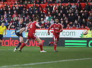 Gary Irvine strikes to equalise for Dundee and end Aberdeen's eight game clean sheet run -  Aberdeen v Dundee, SPFL Premiership at Pittodrie<br />