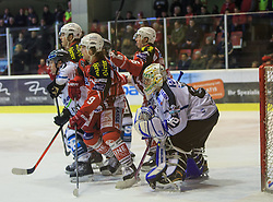 06.01.2015, Stadthalle, Klagenfurt, AUT, EBEL, EC KAC vs EHC LIWEST Black Wings Linz, 36. Runde, im Bild Curtis Murphy (EHC Liwest Black Wings Linz,#41), Jean-Francoir Jacques (EC KAC, #39), Luke Pither (EC KAC, #9), Patrick Harand (EC KAC, #16), Thomas Dechel (EHC Liwest Black Wings Linz,#92) // during the Erste Bank Icehockey League 36rd round match betweeen EC KAC and LIWEST Black Wings Linz at the City Hall in Klagenfurt, Austria on 2015/01/06. EXPA Pictures © 2015, PhotoCredit: EXPA/ Gert Steinthaler