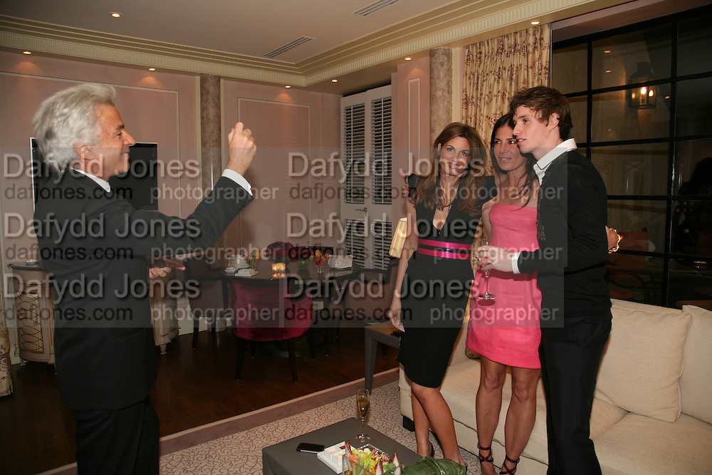 GIANCARLO GIACOMETTI, JEMIMA KHAN, ELIZABETH SALTZMAN AND EDDIE REDMAYNE, Dinner hosted by Elizabeth Saltzman for Donatella Versace. Claridge's Hotel, Brook Street, Mayfair, London. 11 March 2008.  *** Local Caption *** -DO NOT ARCHIVE-© Copyright Photograph by Dafydd Jones. 248 Clapham Rd. London SW9 0PZ. Tel 0207 820 0771. www.dafjones.com.