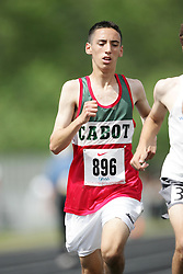 Hamilton, Ontario ---07/06/08--- Luca Geiser of John Cabot in Mississauga competes in the 3000 meters at the 2008 OFSAA Track and Field meet in Hamilton, Ontario..GEOFF ROBINS