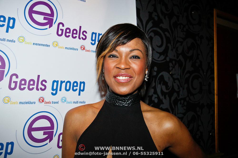 NLD/Uitgeest/20110117 - Uitreiking Populariteitsprijs Noord-Holland, Rafaella Patton