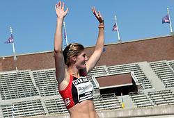08-07-2006 ATLETIEK: NK BAAN: AMSTERDAM<br /> Drie keer goud winnen in drie uurtjes tijd. Dat was de opbrengst van meerkampster Karin Ruckstuhl op de eerste dag van het NK atletiek in Amsterdam<br /> ©2006-WWW.FOTOHOOGENDOORN.NL
