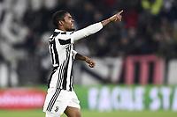 esultanza gol Douglas Costa Juventus Goal celebration <br /> Torino 03-01-2018 Allianz Stadium Calcio Coppa Italia Quarti di Finale Juventus - Torino foto Image Sport/Insidefoto