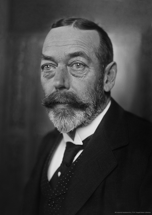 Royal Family: King George V, 1921